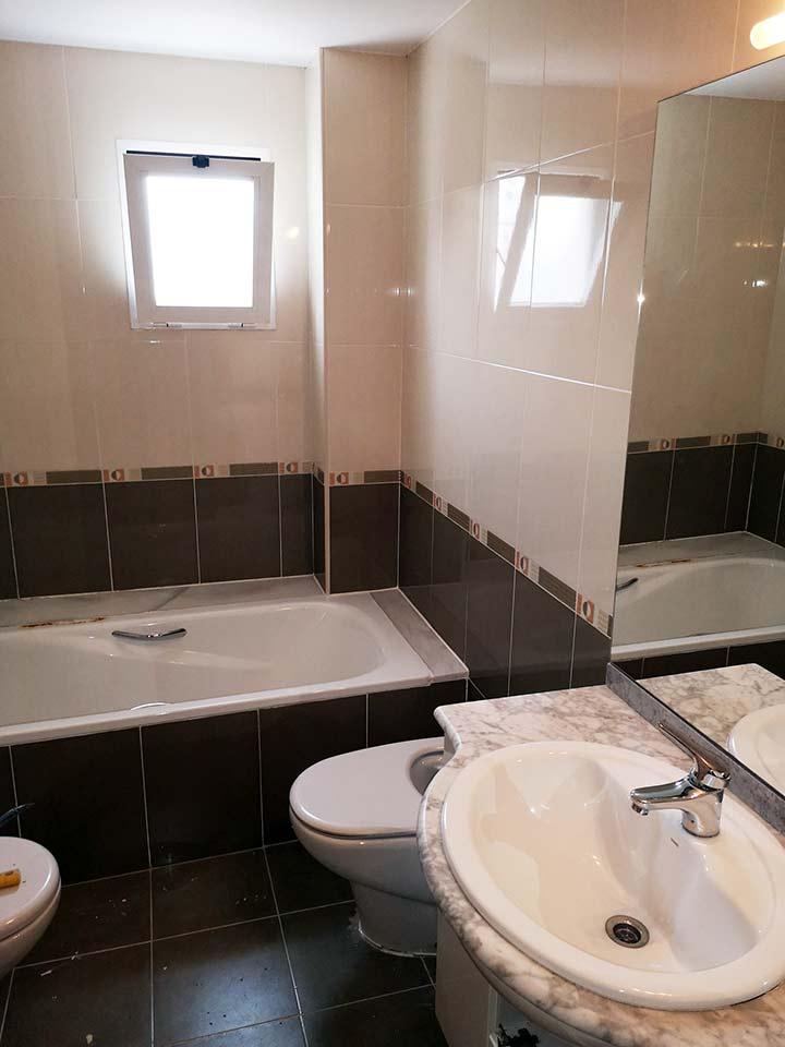 Práctica reforma de baño en Russafa