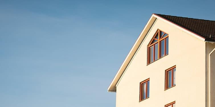 reforzar la estructura de una casa cabecera