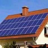 ¿Cómo financiar una instalación de energía renovable para tu hogar?